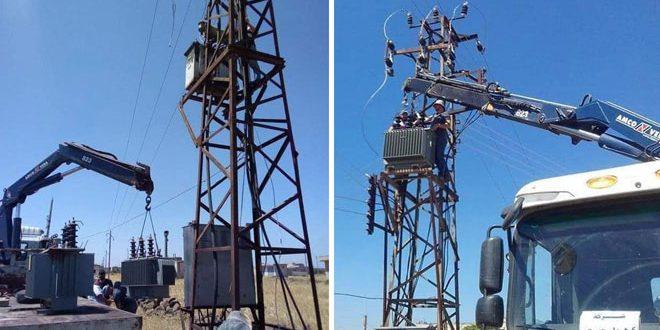 حمص.. تعمیر و نگهداری نیروگاههای برق در دو روستای جوالک و سنیسل