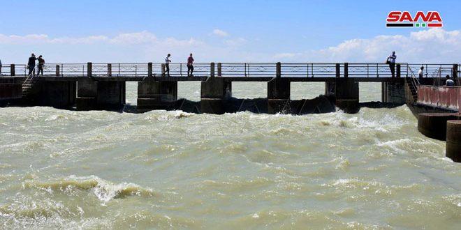 رهاسازی آب سد قطينه از طریق کانال اصلی آن پس از 9 سال وقفه
