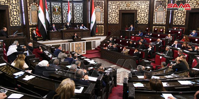 برررسی عملکرد وزارت امور اجتماعی و کار در نشست امروز مجلس کشورمان