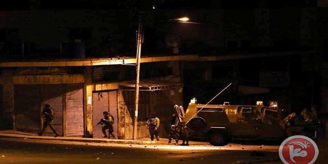 یورش نیروهای اشغالگر به نابلس و مصدومیت دهها فلسطینی