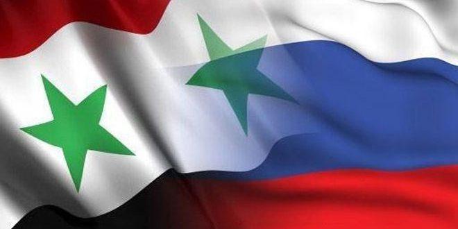 La délégation syrienne participant au forum économique syro-russe prépare ses projets pour les soumettre à Moscou