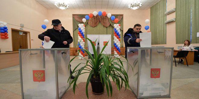 Début des élections présidentielles en Russie