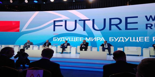 Khalil invite les pays participant à la conférence de Yalta à contribuer à la reconstruction en Syrie