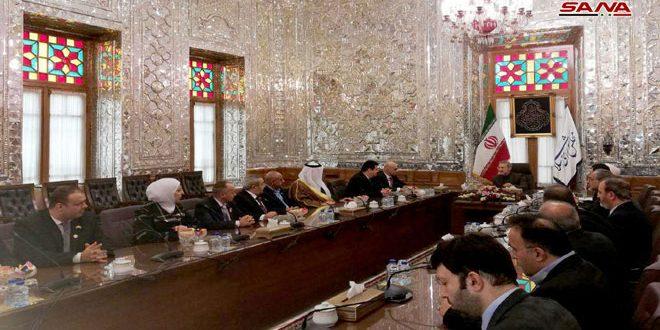 Larijani affirme à la délégation de la commission d'amitié parlementaire syro-iranienne la poursuite du soutien iranien à la Syrie