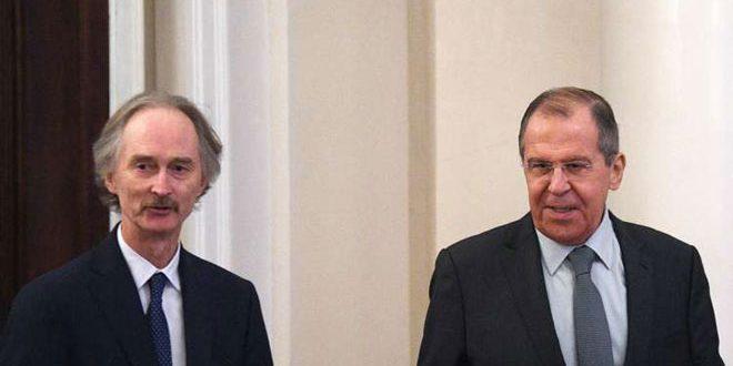 Lavrov et Pederson affirment l'importance de l'action conjointe pour régler la crise en Syrie conformément à la résolution 2254