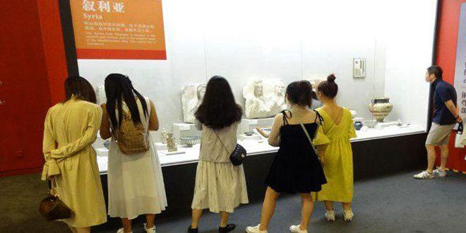 """Les antiquités syriennes attirent les visiteurs de l'exposition / Chefs-d'œuvre Asie / Civilisations asiatiques """"à Pékin"""