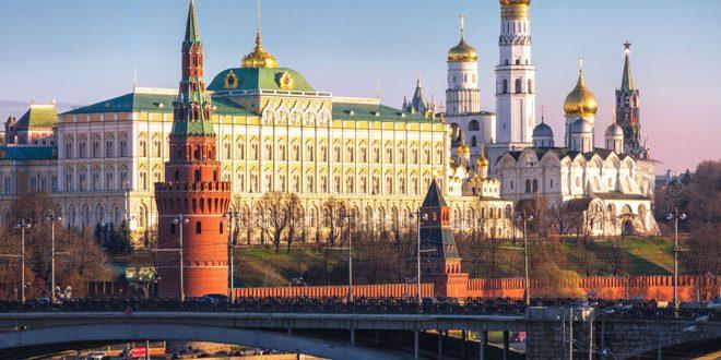 Le Kremlin : Poursuite des préparatifs pour la tenue d'un sommet tripartite sur la Syrie