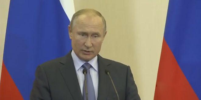 Poutine affirme la nécessité de préserver la souveraineté de la Syrie et d'en faire sortir les forces étrangères illégales