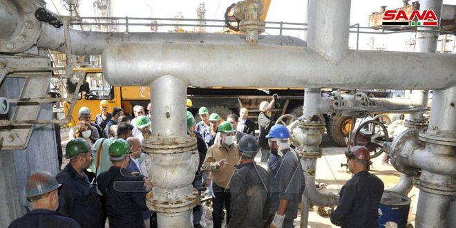 Arnous inspecte les travaux de réhabilitation dans la raffinerie de Banyas