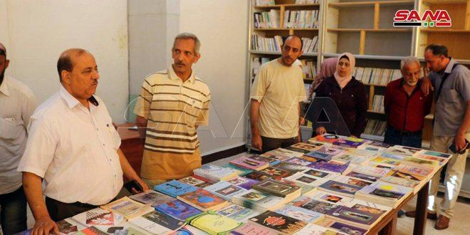 Exposition de calligraphie arabe et d'art plastique à Deir Ezzor