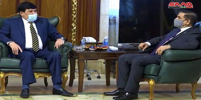 Le ministre irakien de la Défense examine avec l'ambassadeur de Syrie à Bagdad le renforcement des relations bilatérales