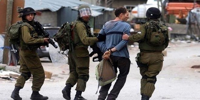 Les forces d'occupation israéliennes arrêtent 12 Palestiniens en Cisjordanie