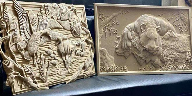 Le jeune sculpteur Youshe' Fadel transforme le bois et le décor en œuvres d'art