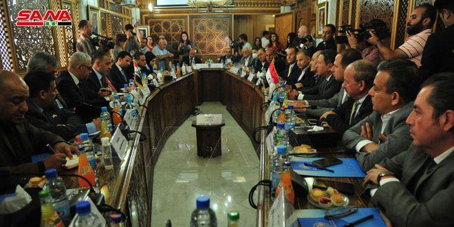 Entretiens syro-irakiens sur le renforcement de la coopération industrielle et commerciale entre les deux pays