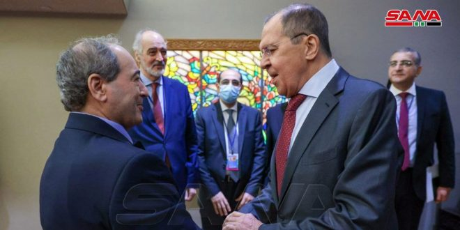 Miqdad et Lavrov affirment la nécessité de lutter contre le terrorisme et de mettre fin à la présence illégale sur les territoires syriens