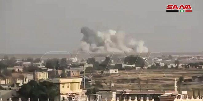 כוחות המשטר הטורקי מפגיזים בארטליריה את העיירה אלדרבאסייה בפרבר אלחסכה הצפוני-מערבי