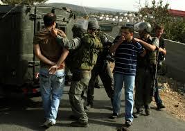 כוחות הכיבוש עוצרים 9 פלסטינים בגדה המערבית