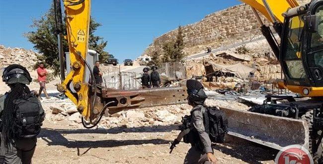 כוחות הכיבוש הורסים שני בתים פלסטיניים בצפון-מערב רמאללה