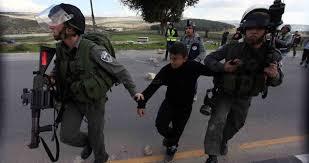 כוחות הכיבוש עוצרים 3 פלסטינים ביניהם שני ילדים בגדה המערבית