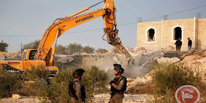 שלטונות הכיבוש משתלטים על עשרות דונמים משטחי הפלסטינים בדרום קלקליה