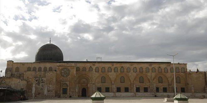 כוחות הכיבוש מנעו מהפלסטינים להתפלל במערת המכפלה