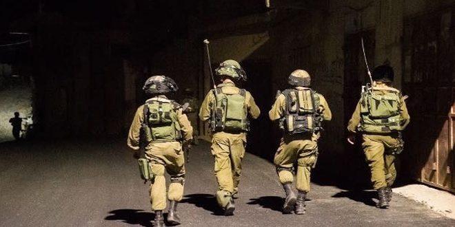 הכוחות הישראליים עצרו ארבעה פלסטינים בגדה המערבית