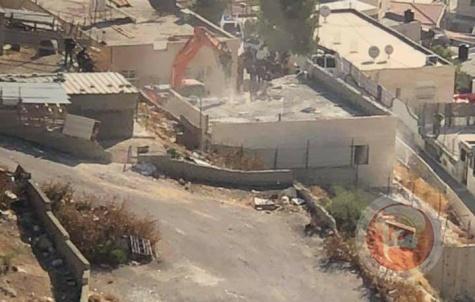 הכוחות הישראליים הרסו בית בג'בל אלמוכבר בעיר אלקודס הכבושה