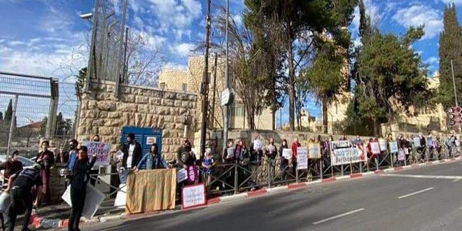 עצרת באלקודס הכבושה כאות דחייה לתוכנית הכיבוש להגר עשרות משפחות בשכונת אלשיך ג'ראח