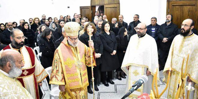 Первое богослужение в церкви Святого Георгия в Арбине после его освобождения от терроризма