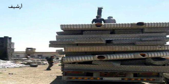Террористы в Идлебе вытаскивают трубы из земли для перепродажи их в Турции