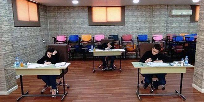 Команда сирийской научной олимпиады по математике участвует в международном киберпространственном конкурсе