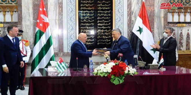 Сирия и Абхазия настроены на расширение двустороннего сотрудничества на благо обеих стран