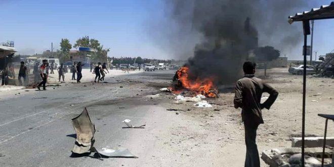 Два человека погибли при взрыве заминированного автомобиля в окрестностях Африна