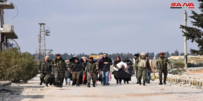 Ordu, Terörist Kontrolündaki Cebel el Zaviye Köylerinden Çıkan Vatandaşları Güvence Altına Alıyor