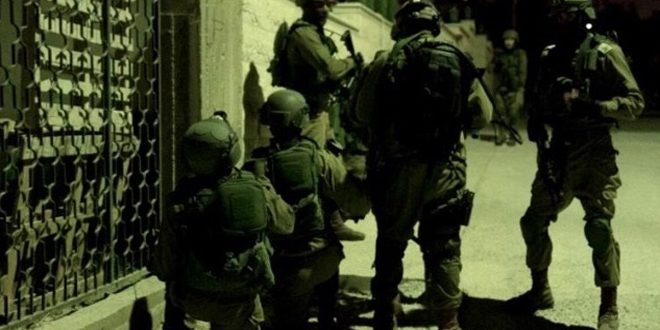 İsrail İşgal Güçleri, El Halil Kentinde 3 Filistinliyi Tutukladı