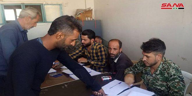 Dara kırsalındaki Tafas Kentinde Çok Sayıda Silahlı Yasal Durumlarını Çözmeye Başladı