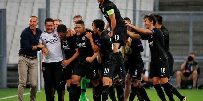 مرسيليا يخسر بهدفين أمام اينتراخت بالدوري الأوروبي بكرة القدم
