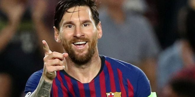 ميسي يطلب ضم لاعبين الى برشلونة من بينهم صلاح