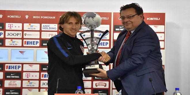 الكرواتي مودريتش ينال جائزة أفضل رياضي لعام 2018