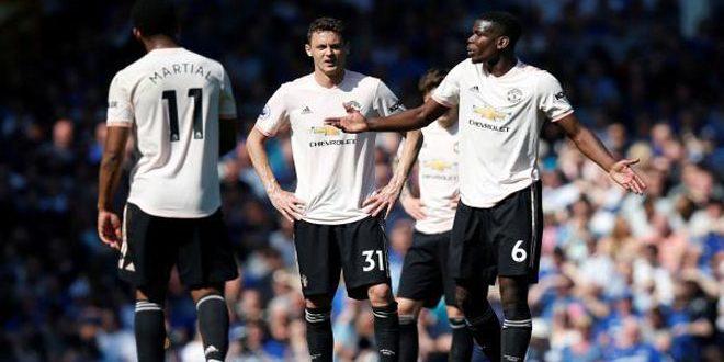 مانشستر يونايتد يتعرض لهزيمة قاسية على يد إيفرتون في الدوري الإنكليزي
