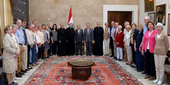 عون يجدد رفض لبنان الإعلان الأمريكي حول الجولان المحتل