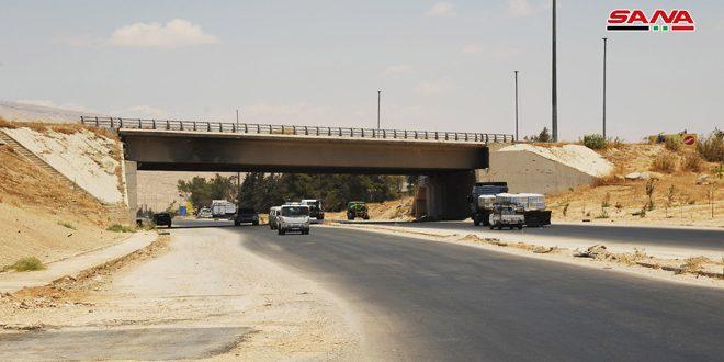 افتتاح مدخل مدينة عربين الرئيسي لتسهيل حركة مرور المواطنين