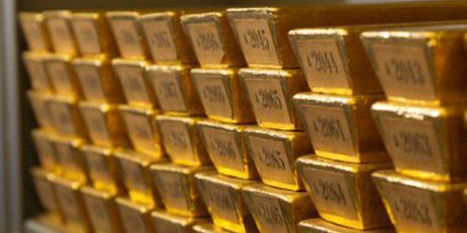 تراجع أسعار الذهب والدولار