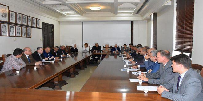 بحث آليات تعزيز التعاون بين جامعة دمشق والجامعات البيلاروسية