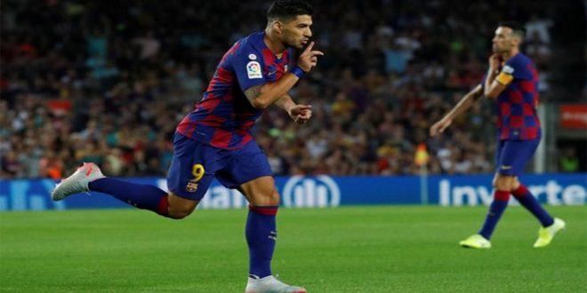 برشلونة يفوز على فالنسيا بخمسة أهداف لهدفين