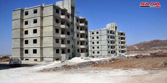 الإسكان تبدأ بتسليم دفاتر المكتتبين على مشروع الادخار السكني في المحافظات