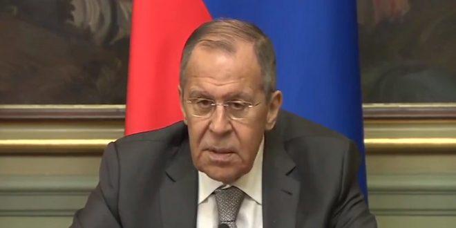 لافروف: ضرورة تسوية الأزمة في سورية وفق القرار الأممي 2254