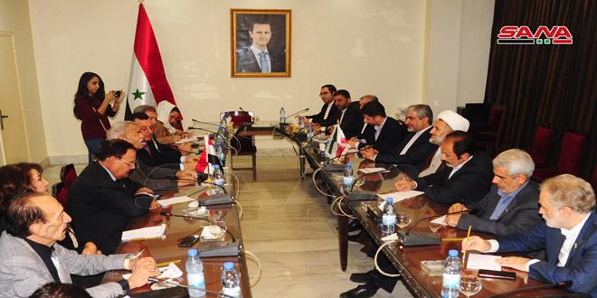 بحث سبل تعزيز التعاون البرلماني بين سورية وإيران