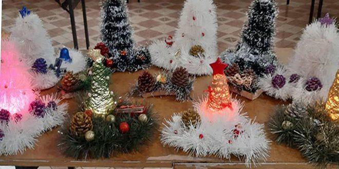 زينة الميلاد في معرض للأعمال اليدوية في بلدة صدد بحمص