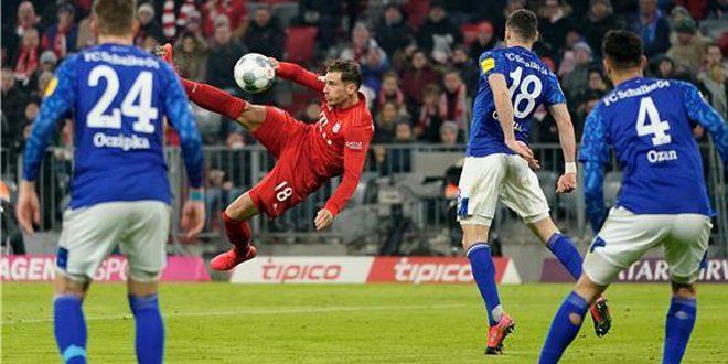بايرن ميونيخ يهزم شالكة بخماسية نظيفة في الدوري الألماني